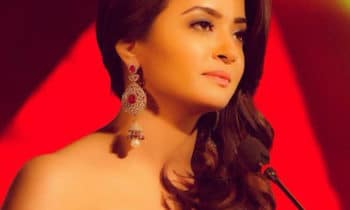 Surveen Chawla on Stage