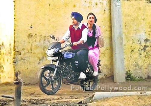 Diljit and Kareena On Bike