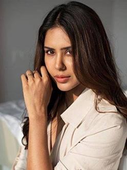 Punjabi actress sonam bajwa