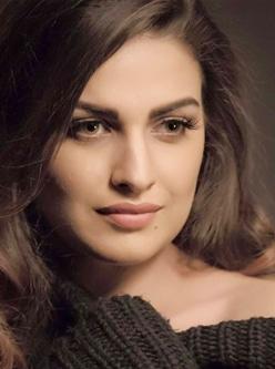 Himanshi Khurana Punjabi Actress