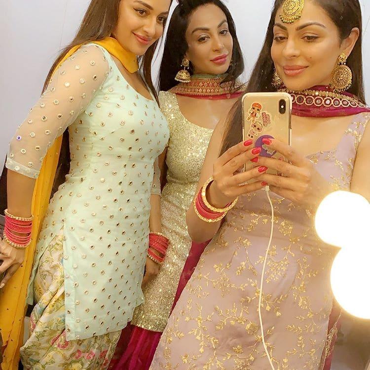 neeru sisters