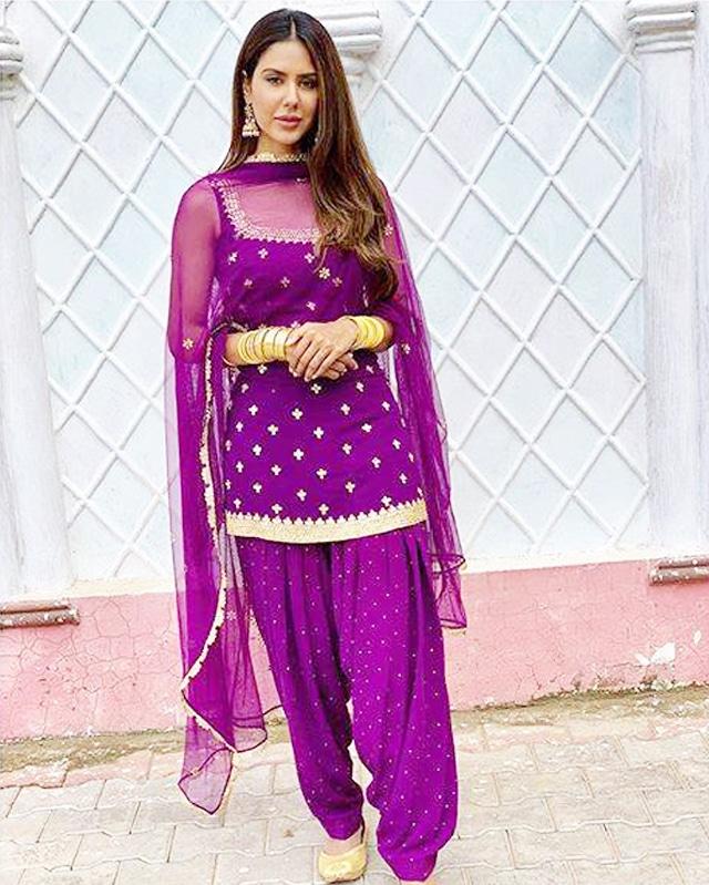 in punjabi traditional dress