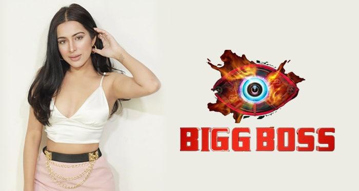 bigg boss 14 sara gurpal